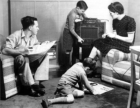 radio_in_living_room.jpg